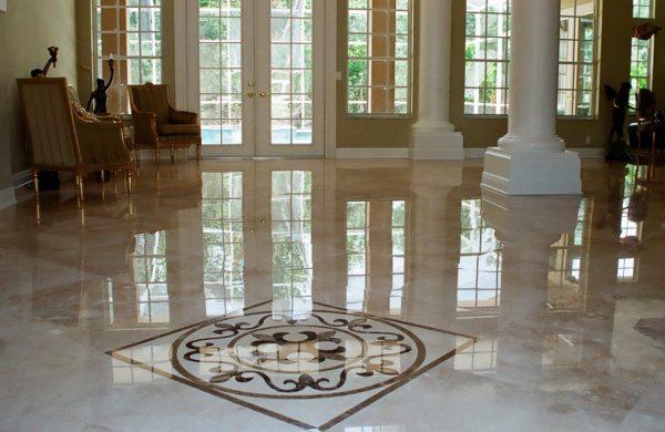 Põrandate vahatamine